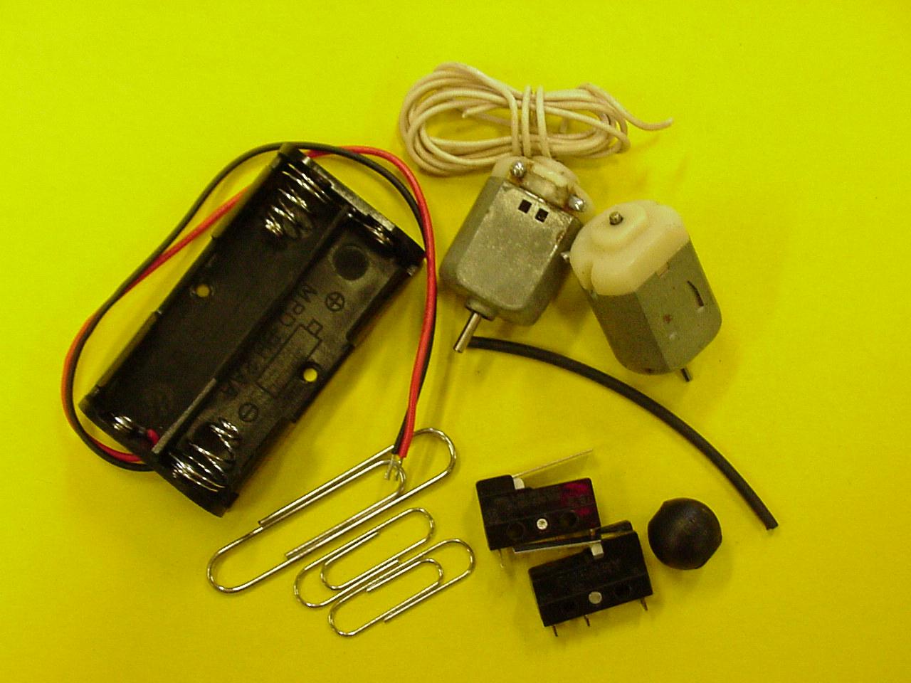 Как сделать робота из машинки на батарейках